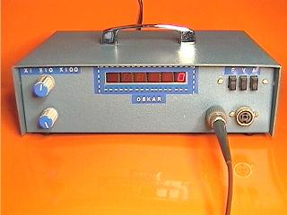Digital frequencimeter and periodimeter